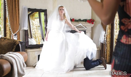 Измена жениха на свадьбе секс видео, эротика показ прелестей на подиуме